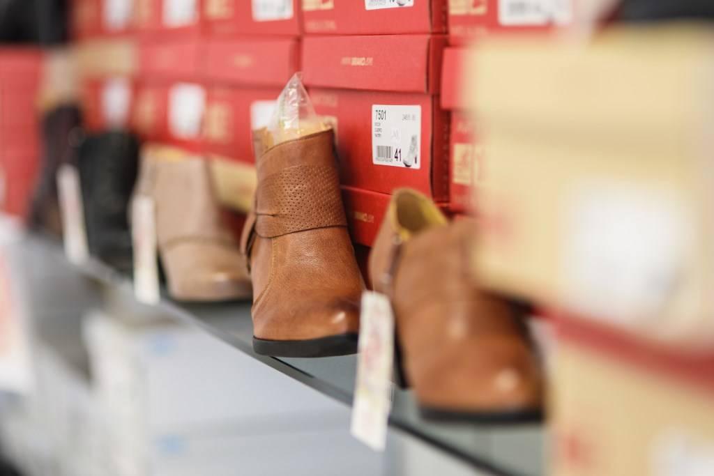 Orthopedie-toussaint-chaussures-orthopedique-de-serie-promo-fete-de-fin-d-annee-