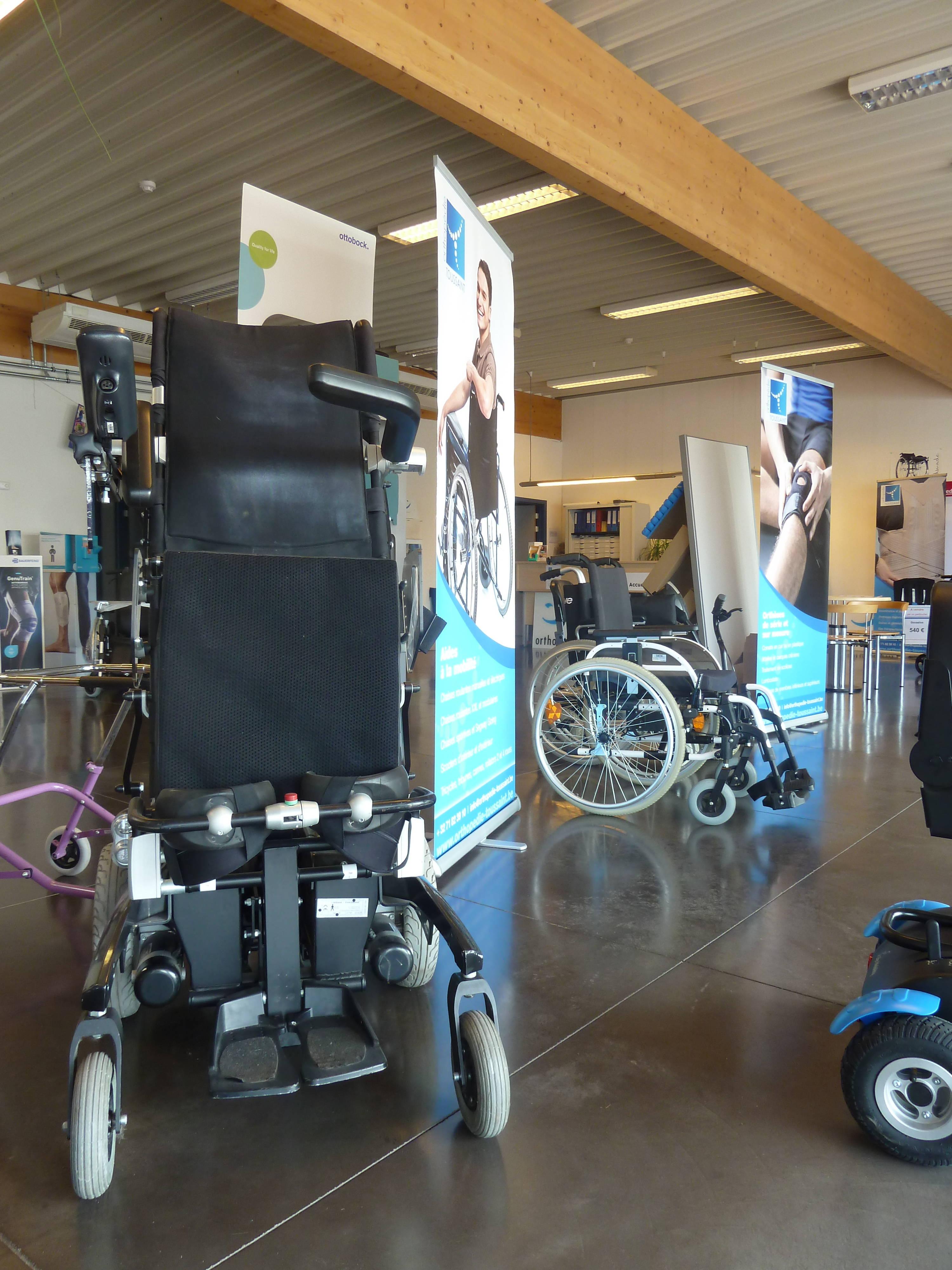 Orthopedie-toussaint-aides-a-la-mobilite-chaise-roulante-fauteuil-roulant-scooter-electrique-fleurus